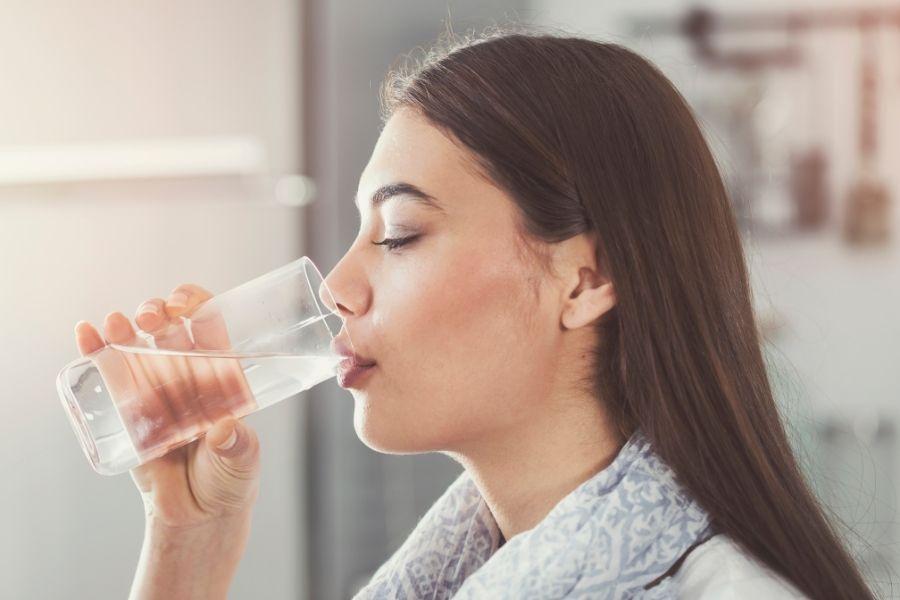 Tăng cường uống nước tinh khiết