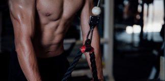 Uống nước khi tập Gym
